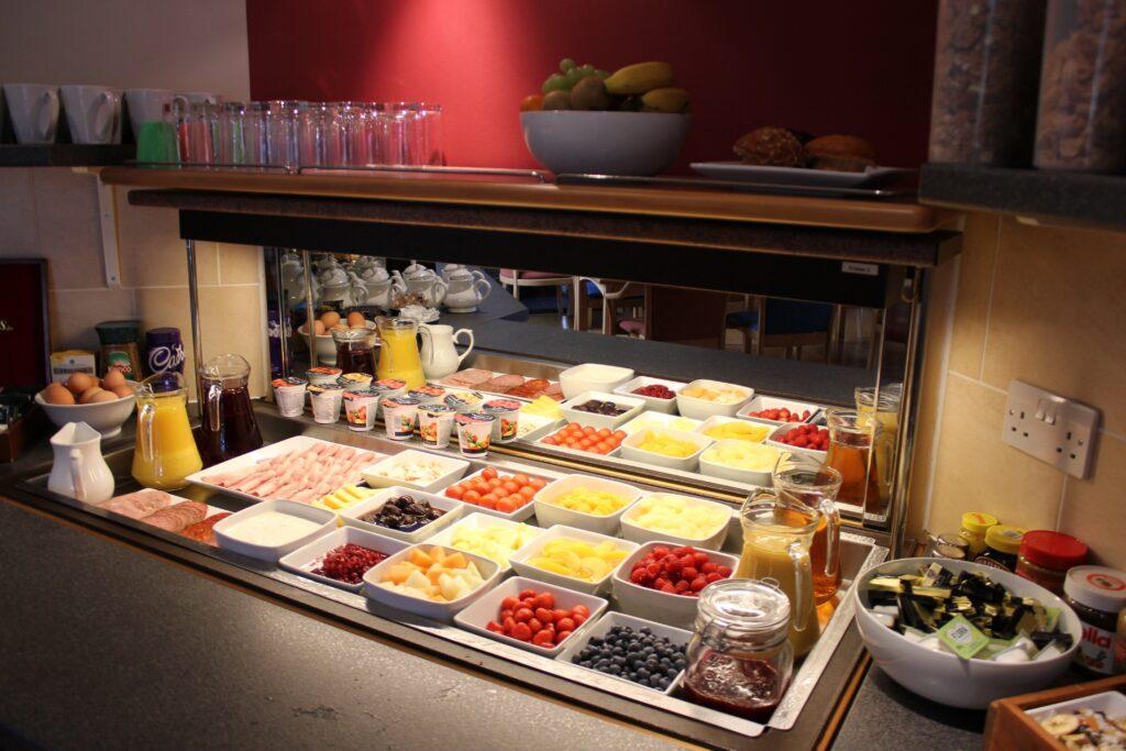 6 Breakfast LG