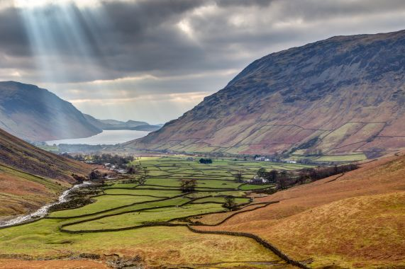 Fantastic lakeland scenery close to Brathay Lodge Guesthouse Accommodation in Ambleside